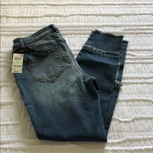 INC International Concepts Curvy Fit Jeans